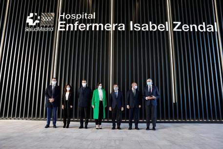 Covid: inaugurato a Madrid ospedale da 100 milioni