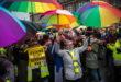 Francia: gilet gialli contro il lockdown, Parigi si blinda