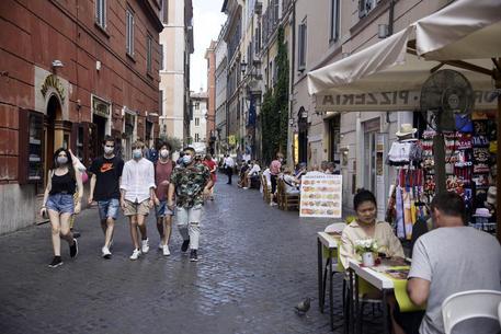 Stato d'emergenza e FdI: 'Un colpo devastante per il turismo'