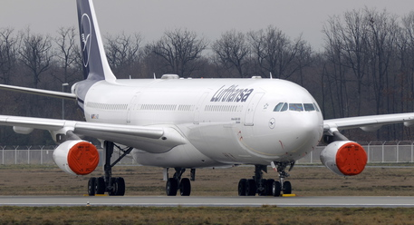 Lufthansa chiude il 2020 in rosso per 6,7 miliardi