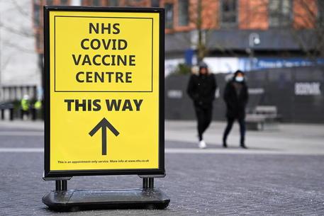 Covid: Ecdc, la variante indiana si sta diffondendo in Europa. L'efficacia dei vaccini sulla variante
