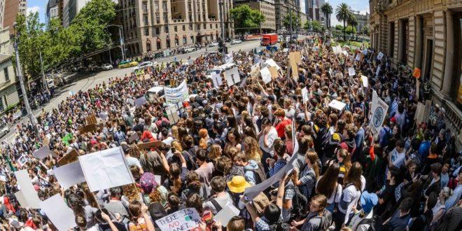Australia, proteste contro il lockdown: scontri e arresti a Sydney e Melbourne