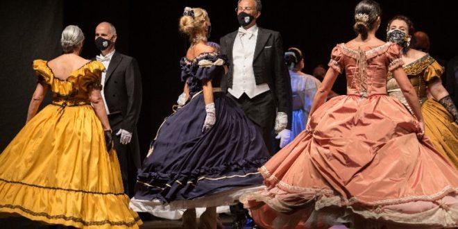 Danza, Viareggio: Il 6 e 7 agosto la Compagnia Nazionale di Danza Storica al 67° Festival Puccini con il Gran Ballo dell'800 e la Tosca.