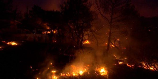 Grecia: incendi minacciano sito archeologico Olimpia